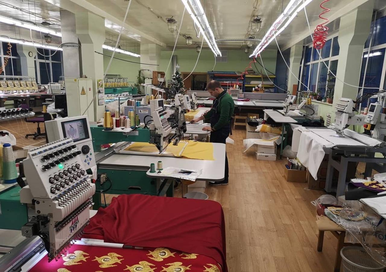 Вышивальный цех, готовый к новым заказам