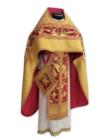 "Priestly vestments ""Holly"" red / gold"