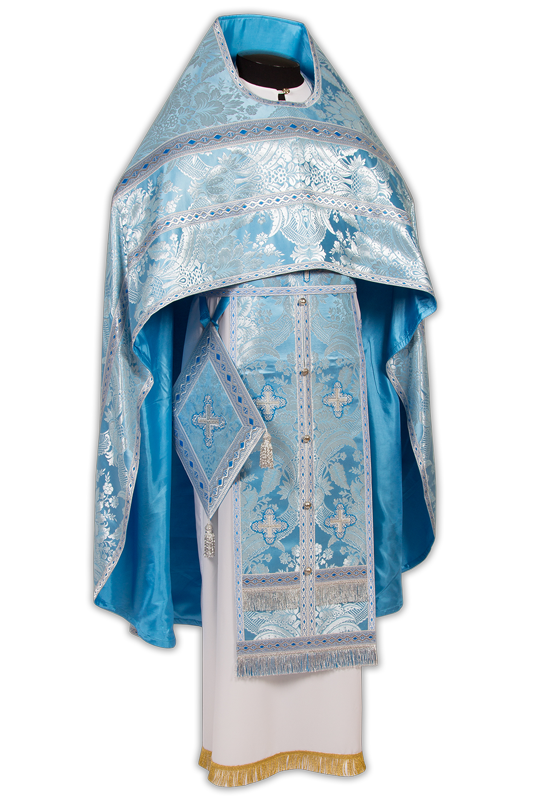 Priestly vestments made of Italian brocade, Greek galloon